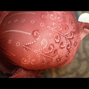 Intimates & Sleepwear - New 40DDD bra, push-up, pink w/ darker pink lace
